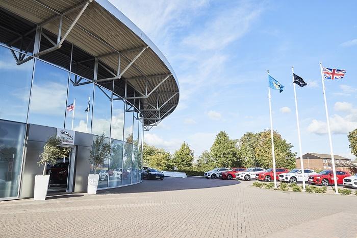 JG_GL_EXP_18_Castle_Bromwich_Experience_Centre_700x466